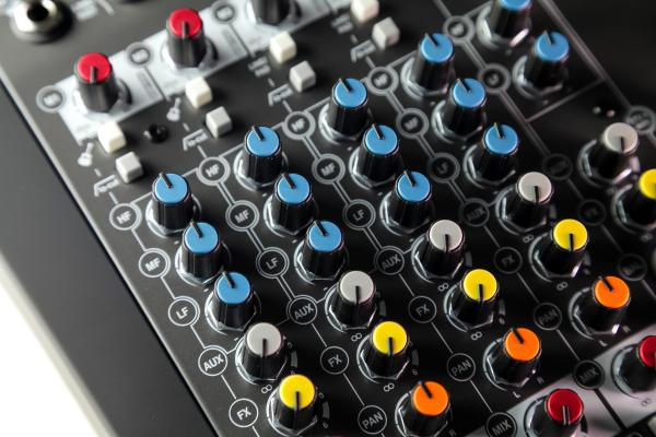 Mixer Analogic Allen & Heath ZEDi 10, 10 canale cu interfata USB 3