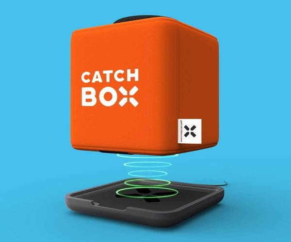 Microfon wireless CatchBox Plus, pentru conferinte de 1000 persoane, culoare orange